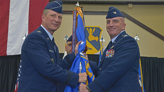 Yokota welcomes new wing commander
